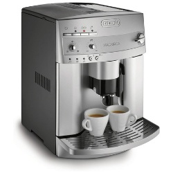 De'Longhi Magnifica ESAM3300 Espresso Machine - editor's choice 1